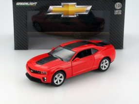 Chevrolet Camaro ZL1 Year 2012 red / black 1:24 Greenlight