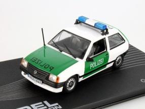 Opel Corsa A police Year 1982 - 1993 1:43 Altaya