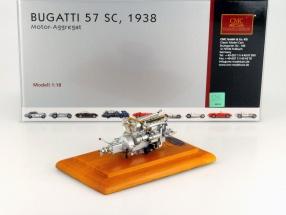 Bugatti 57 SC motor unit built in 1938 + Showcase 1:18 CMC