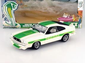 Ford Mustang II Cobra II Baujahr 1978 weiß / grün 1:18 Greenlight
