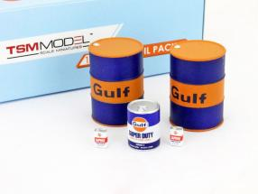 Gulf Racing Oil Pack with Oil barrels and oil drums 1:18 TrueScale