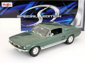 Ford Mustang GTA Fastback Baujahr 1967 grün 1:18 Maisto