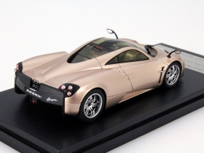 Pagani Huayra Year 2013 gold   GTA