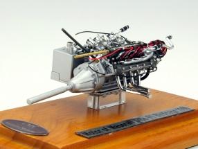 Maserati Tipo 61 Birdcage motor unit built in 1960 + Showcase 1:18 CMC
