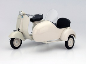 Piaggio Vespa 150 VL 1T with sidecar year 1955 cream 1:6 NewRay