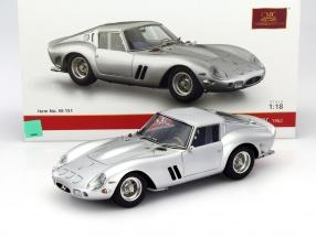 Ferrari 250 GTO Baujahr 1962 silber 1:18 CMC