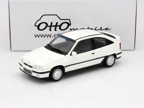 Opel Kadett GSi 2.0 16v Baujahr 1988 weiß 1:18 OttOmobile