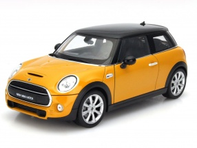 New Mini Hatch Baujahr 2015 orange 1:18 Welly