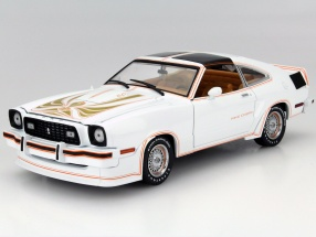 Ford Mustang II King Cobra Baujahr 1978 weiß / gold 1:18 Greenlight