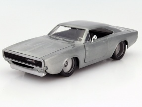 Dom´s Dodge Charger R/T out the Movie Fast and Furious 7 2015 silver 1:24 Jada Toys