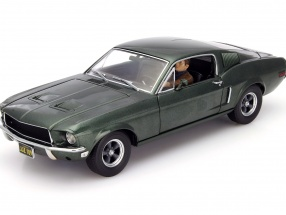 Ford Mustang GT Movie Bullitt 1968 With figure green 1:18 Greenlight
