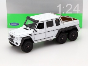 Mercedes-Benz G 63 AMG 6x6 Year 2015 white 1:24 Welly