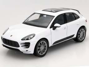 Porsche Macan Turbo Year 2014 white 1:24 Welly