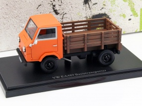 Volkswagen VW EA1489 Basistransporter Baujahr 1973 orange 1:43 AutoCult