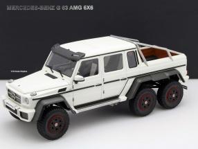 Mercedes-Benz G63 AMG 6x6 Baujahr 2013 matt weiß 1:18 AUTOart