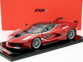 Ferrari FXX-K Abu Dhabi 2014 rot / silber mit Vitrine 1:12 BBR