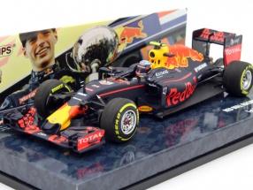 Max Verstappen Red Bull RB12 #33 Winner Spanien GP Formel 1 2016 1:43 Minichamps