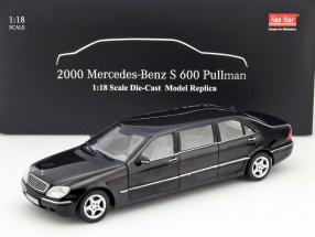 Mercedes-Benz Pullman S-Class Year 2000 black 1:18 SunStar