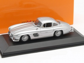 Mercedes-Benz 300 SL Coupe Year 1955 silver 1:43 Minichamps