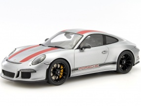 Porsche 911 (991) R Year 2016 silver / red with showcase 1:18 Spark