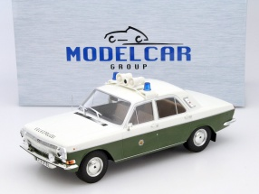 Wolga M24 police green / white 1:18 Model Car Group