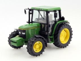 John Deere 6400 Traktor grün 1:32 Schuco