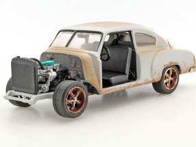 Dom's Chevrolet Fleetline Fast and Furious 8 matt silver 1:24 Jada Toys