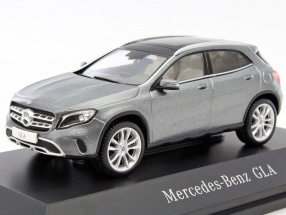 Mercedes-Benz GLA (X156) mountain grey 1:43 Spark