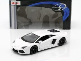 Lamborghini Aventador LP700-4 weiß 1:24 Maisto