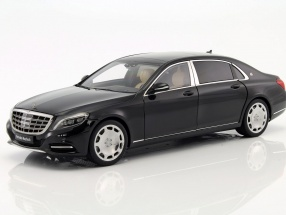 Mercedes-Benz Maybach S-Class (S600) SWB year 2015 black 1:18 AUTOart