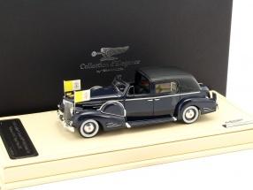 Cadillac Series 90 V16 Town Car Vatican V-16 Papst Pius XII Baujahr 1938 blau / schwarz 1:43 TrueScale