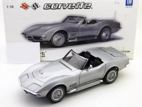 Chevrolet Corvette Baujahr 1969 silber 1:18 AUTOart