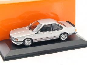 BMW 635 CSi (E24) Baujahr 1982 silber metallic 1:43 Minichamps