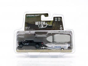 Ford F-150 mit Polizeiboot und Anhänger schwarz / weiß 1:64 Greenlight