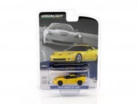 Chevrolet Corvette Z06 Baujahr 2012 gelb / schwarz 1:64 Greenlight
