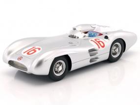 J.M. Fangio Mercedes-Benz W196 Stromlinie #16 Weltmeister Formel 1 Winner GP Italien 1954 1:18 CMR