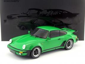 Porsche 911 (930) Turbo Baujahr 1977 grün metallic 1:12 Minichamps
