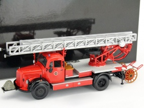 Mercedes-Benz L3500 DL17 fire department Bensheim 1950 1:43 Minichamps