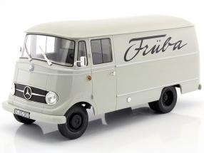 Mercedes-Benz L319 Kastenwagen Baujahr 1957 hellgrau 1:18 Norev