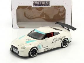 Nissan GT-R (R35) Ben Sopra Baujahr 2009 weiß 1:24 Jada Toys