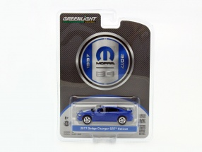 Dodge Charger SRT Hellcat Baujahr 2017 blau / weiß 1:64 Greenlight