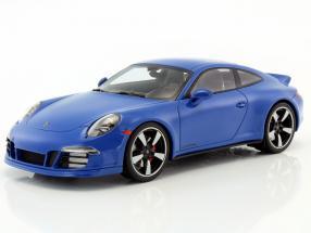 Porsche 911 (991) GTS Club Coupe Year 2015 blue With Showcase 1:18 GT-SPIRIT