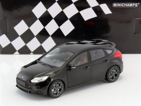 Ford Focus ST Baujahr 2011 schwarz 1:18 Minichamps