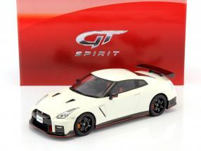 Nissan GT-R Nismo R35 Baujahr 2017 weiß 1:18 GT-Spirit