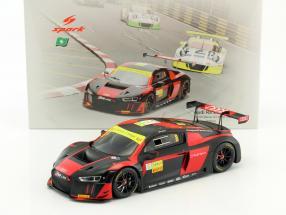 Audi R8 LMS #8 Winner Macau GT World Cup 2016 Vanthoor 1:18 Spark