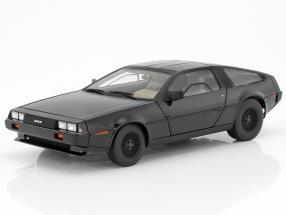 DeLorean DMC-12 Baujahr 1981 schwarz 1:18 AUTOart