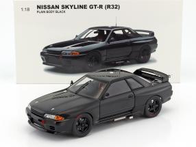 Nissan Skyline GT-R (R32) Baujahr 1992 Plain Body Version schwarz 1:18 AUTOart