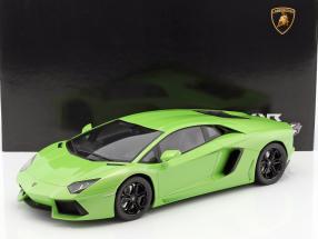 Lamborghini Aventador LP 700-4 grün 1:12 GT-SPIRIT
