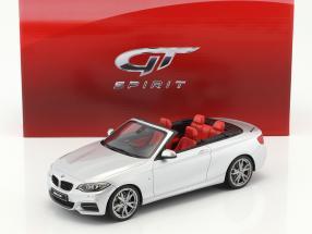 BMW M235i Cabriolet silver 1:18 GT-Spirit