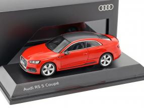 Audi RS 5 coupe misano red 1:43 Spark